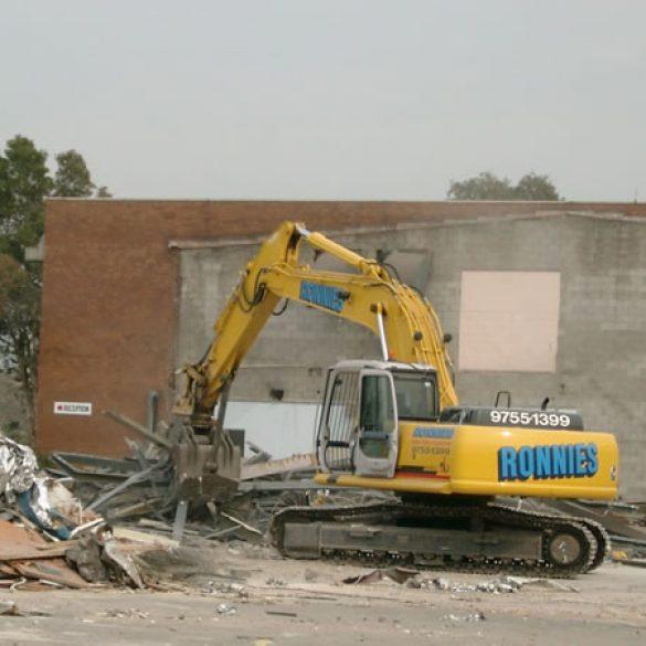 Mascot – Demolition